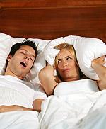 Το ροχαλητό εκδηλώνεται σε 20% έως 40% του πληθυσμού και μπορεί να προκαλεί χρόνιο πονοκέφαλο.